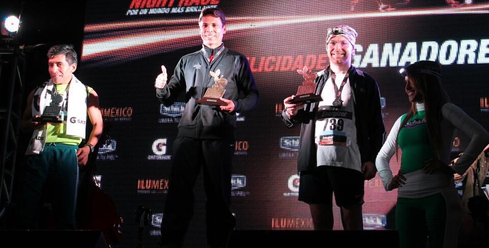 ganadornightrace2